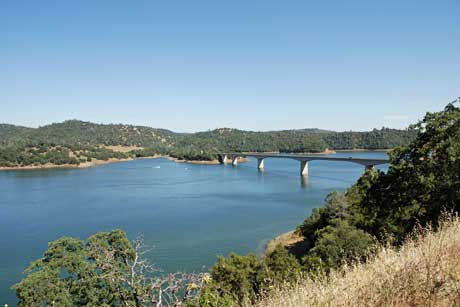 Photo of New melones Lake